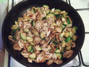 Low Carb Essen in Pfanne